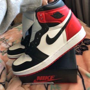 Authentic Nike satin black toes Jordan 1 high